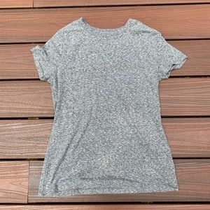 heather gray t-shirt